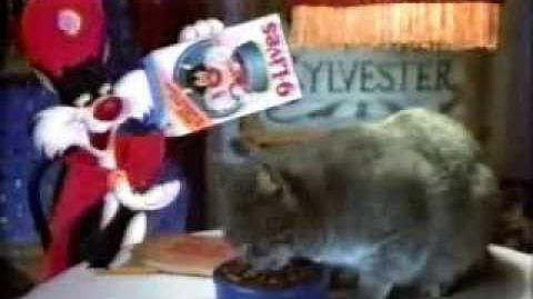 9-Lives dry cat food - ad from 1982
