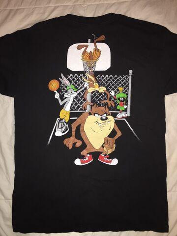 File:Vintage Looney Tunes Rare Shirt (Back).jpg