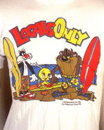 Vtg 80s soft thin 1984 Looney Tunes T-Shirt surf textured graphics Space Jam