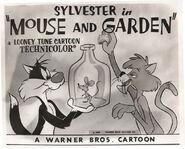 Mouse-and-garden-sylvester-600