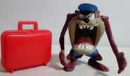 WARNER Bros LOONEY TUNES 2.5 TAZMANIAN DEVIL TAZ ON VACATIONS PVC FIGURE RARE