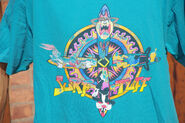 1994 surf tuff looney tunes logo t-shirt