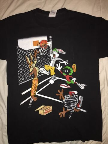 File:Vintage Looney Tunes Rare Shirt (Front).jpg