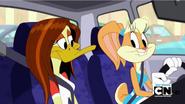 1000px-Lola & Tina in car
