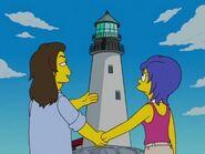 Stefane August y Marge paseando como dos enamorados