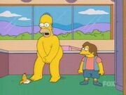 Homero desnudo junto a Nelson
