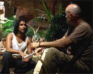1x08-g6-3-Sayid-Locke