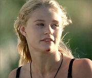1x03-g4-1-Claire