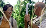 1x04-g5-3-Locke-Kate