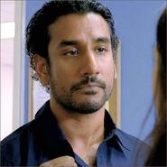 6x06-g2-3-Sayid