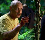1x07-g5-1-Locke