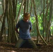 1x08-g11-4-Sawyer