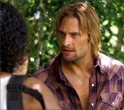 1x07-g4-2-Sawyer