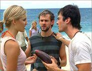 1x04-g6-2-Shannon-Charlie-Boone