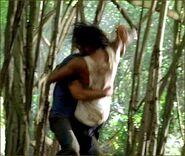1x08-g11-2-Sawyer-Sayid