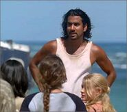 1x03-g3-2-Sayid