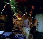 1x09-g3-1-Hurley