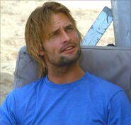 1x08-g4-2-Sawyer