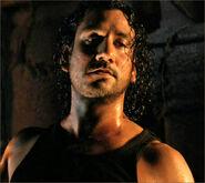 6x06-g11-3-Sayid