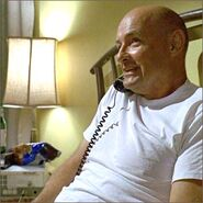 1x04-fb2-1-Locke