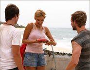 1x04-g6-1-Shannon-Charlie-Boone