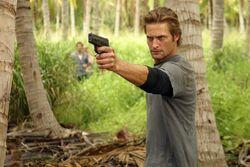 1x02 Sawyer Close Up