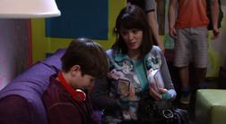 Nate Nate's mother season 1 episode 4