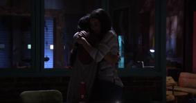 Rachel leia hug