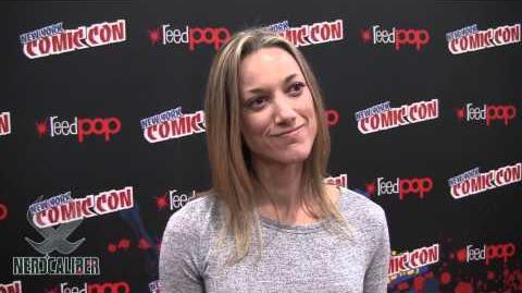 Zoie Palmer - Interview (NYCC 2012)