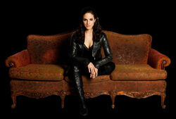 Anna-Silk-as-Bo