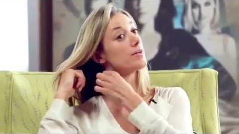 Zoie Palmer Interview (Season 4 DVD)