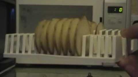 Microwave Crisp Maker Review - Ashens (Original Audio With Blooper)
