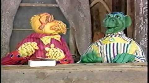 """Peppermint Park"" - Bizarre Kids Show (First Five Minutes)"