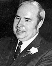 Robert-Budd-Dwyer-November-21-1939-January-22-1987-celebrities-who-died-young-32286823-250-319-1-