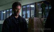 DespJu 2x23 Desmond prison