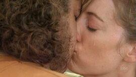 Hurley kiss Libby 2x18