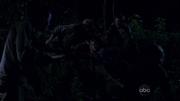 Sawyer en Juliet gevangen door de Anderen