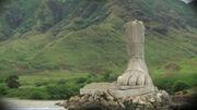 Foot-statue2