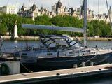 Лодка Десмонда и Пенни