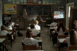 3x20 Dharma Klassenraum
