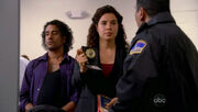 5x06-ilana-escorting-sayid