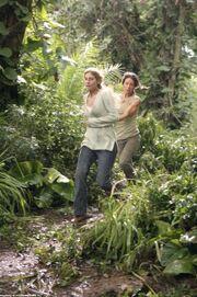 3x15Juliet&Kate run