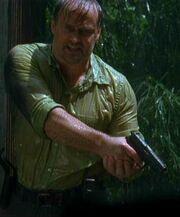 Danny Sawyer gun 3x06