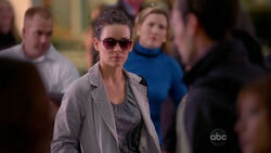 5x06-kate-lax-flight-316
