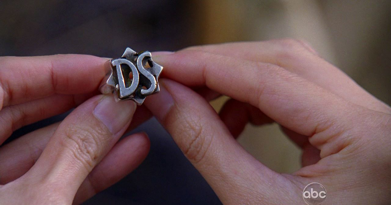 523c66ff893 Charlie's ring | Lostpedia | FANDOM powered by Wikia