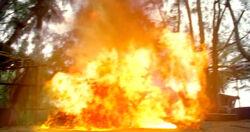 6x12-Ilana-explodiert