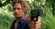 6x04-Sawyer-Pistole