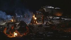 1x01-Camp motif