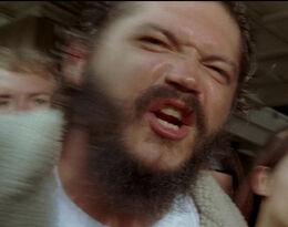 Бородатый мужчина 4х04
