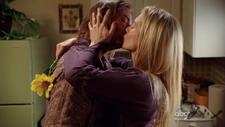 Pocałunek Jima i Juliet